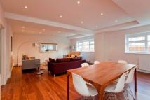 Apartment in Belsize Road...