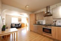 Apartment in Cheadle Court...