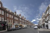Flat to rent in St Johns Wood High...