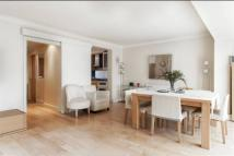 property to rent in Court Close, St Johns Wood Park, St Johns Wood, London, NW8