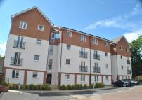 2 bedroom Flat to rent in Maple Court...