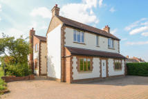 5 bedroom Detached home for sale in Bedford Road...