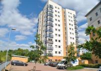 1 bedroom Flat in PRIESTLEY ROAD...