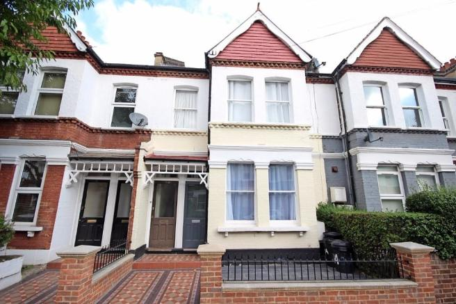 2 Bedroom Flat To Rent In Oakmead Road London Sw12 Sw12
