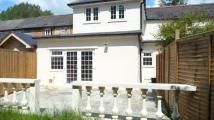 Oxford Street Detached property to rent