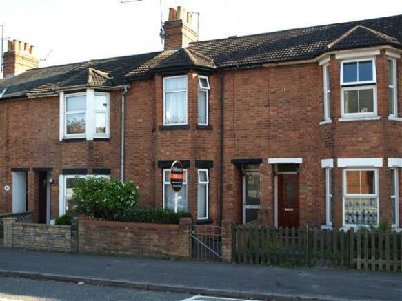 3 Bedroom Terraced House For Sale In Queens Road Farnborough Gu14