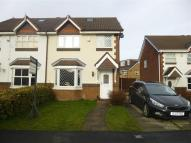 4 bed semi detached property in Kennet Way