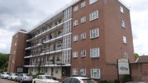 2 bed Flat in Beecholme Estate...
