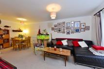 Flat to rent in Northwold Road, E5