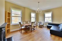 3 bedroom Flat to rent in Kenworthy Road, Hackney...
