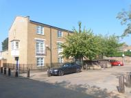 Flat to rent in Cherrywood Close, E3