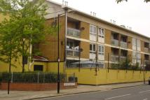 Flat in Spanby Road, Bow, E3