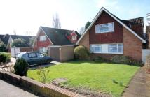 4 bedroom Detached house in High Drive, New Malden