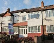 4 bed Terraced property to rent in Walton  Avenue...