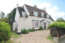 Detached home to rent in Wendover Drive...