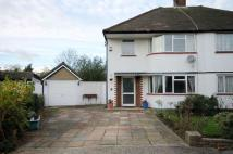 3 bed semi detached house to rent in Meadow Hill, New Malden