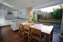 3 bedroom semi detached property in Garden Close, New Malden