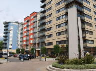 2 bedroom Apartment to rent in Amiot House...