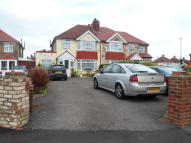 4 bed semi detached house in BROWNING WAY, Hounslow...