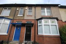 4 bed semi detached house to rent in Biddlestone Road, Heaton...