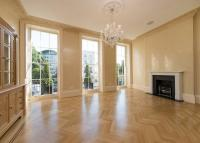 4 bedroom Terraced house in Albany Terrace Regent's...