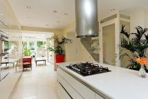 4 bed Flat in Ordnance Hill St John's...