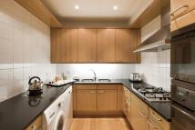 2 bedroom Flat to rent in Metropolitan Apartments...