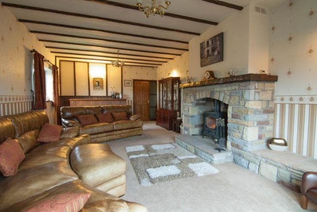 Family Room Wi...