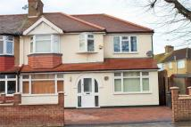 5 bed End of Terrace property in Torrington Gardens...