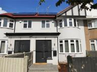 4 bed Terraced home to rent in Sarsfield Road, Perivale...