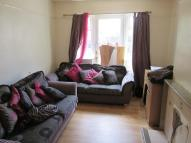 2 bed semi detached house to rent in HAYCROFT AVENUE...