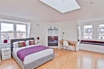 2 bed Apartment in Camden High Street...