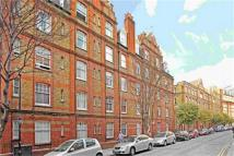 1 bed Flat to rent in Parker Mews, Holborn...