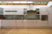 3 bedroom Link Detached House for sale in Hampden Road...