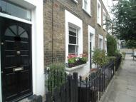 4 bed Terraced house to rent in Alma Street, London