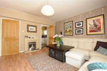 3 bed Flat in Ampthill Square, London