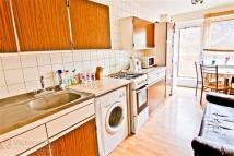 Maisonette to rent in Earlsferry Way...
