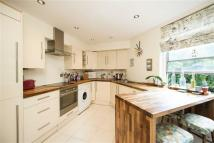 3 bed Apartment in Oakley Square, Camden...