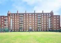 Clarence Way Flat to rent