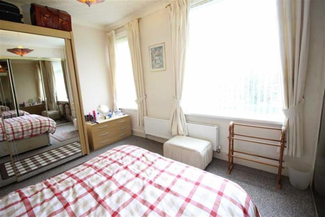 Bedroom one pic