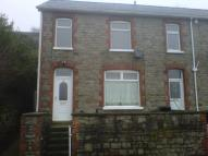 3 bedroom End of Terrace property to rent in Manor Road, Abersychan...