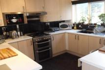 Flat to rent in Heaton Avenue...