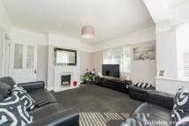2 bed Apartment in clovelly court