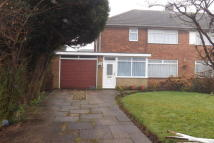 3 bed property to rent in Longdon Avenue...