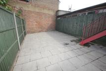 3 bed Flat in Lordship Lane...