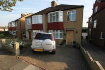 3 bedroom semi detached home to rent in The Linkway, Barnet, EN5