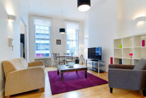 Flat to rent in Baker Street, London, W1U