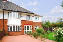 4 bedroom house in Wricklemarsh Road...
