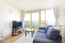 2 bedroom Flat in Hop Street, Greenwich...