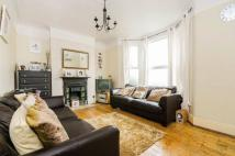 Verdant Lane Flat to rent
